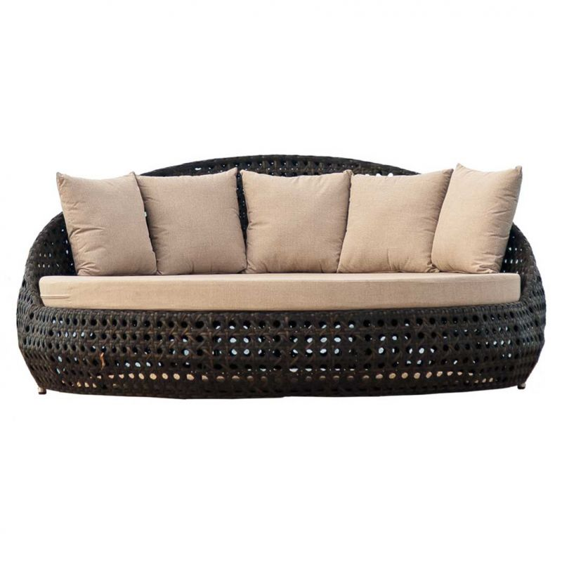 Alexander Rose Ocean Round Garden Day Bed