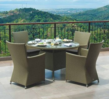Havana Table W.Glass 1.2m & Havana Squared Top 4 Armchair W.Cush