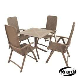 Turtle Dove Square Clip Table with 4 Darsena Chairs Set