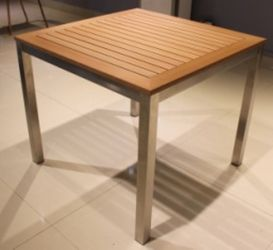 Sengl Square Table 90x90cm