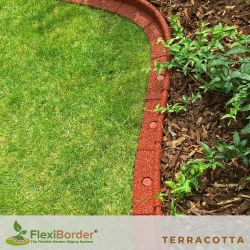 5m FlexiBorder Garden Edging (5x 1m packs) in Red - H8cm - by EcoShape