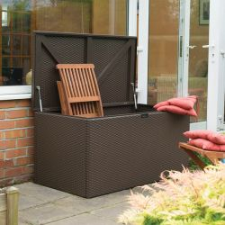 W1.32m (4ft 4in) Rattan Metal Deck Box Garden Store by Rowlinson®