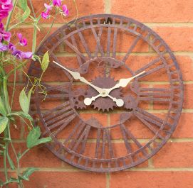 Mechanical Metal Garden Clock in a Rust Finish - 40cm (15.7