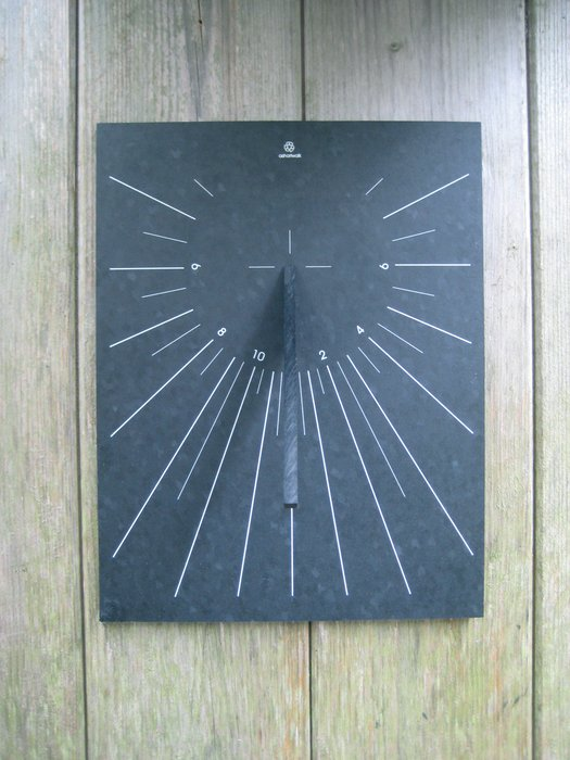 Outdoor Wall-Mounted Garden Sundial