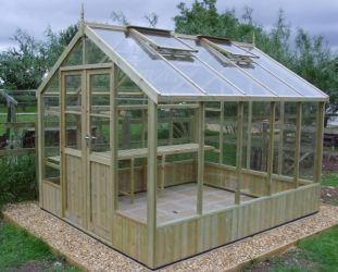 Swallow Raven 8ft 9in x 14ft 8in Wooden Greenhouse
