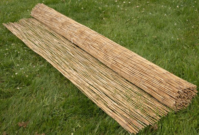 Peeled Reed Natural Fencing Screening 4.0m x 1.0m (13ft 1in x 3ft 3in) - By Papillon™