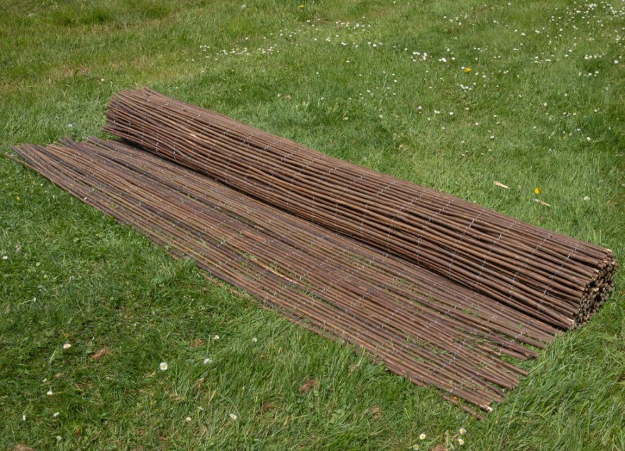 Willow Natural Fencing Screening Rolls 4.0m x 1.8m (13ft 1in x 6ft) - By Papillon™