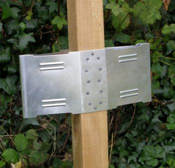 Steadypost FenceFins Square Fence Post Anchoring System