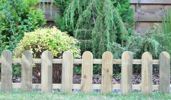 3m Cottage Low Wooden Picket Fence - Set of 3 - H28cm
