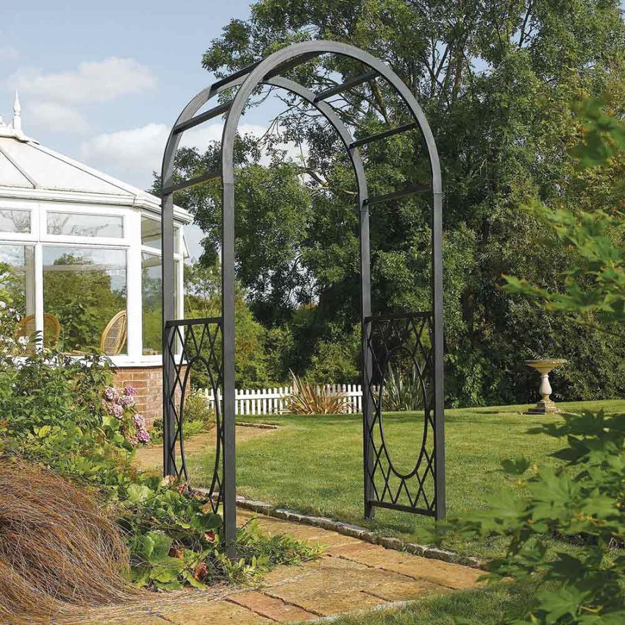 H2.2m (7ft 3in) Wrenbury Round Top Steel Arch by Rowlinson®