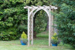 2.2m (7ft 2in) Horizon Trellis Garden Arch FSC® by Zest 4 Leisure®