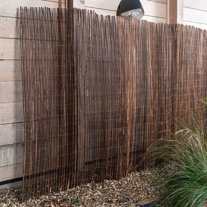 1.2m x 3.8m Willow Screening Fencing Roll by Gardman™