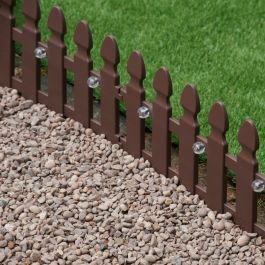 Pack of 4 Solar Powered Picket Fence Lawn Edging by Smart Garden
