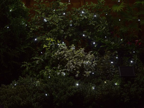 200 (21.9m) Solar Powered White Garden String Lights by Smart Solar