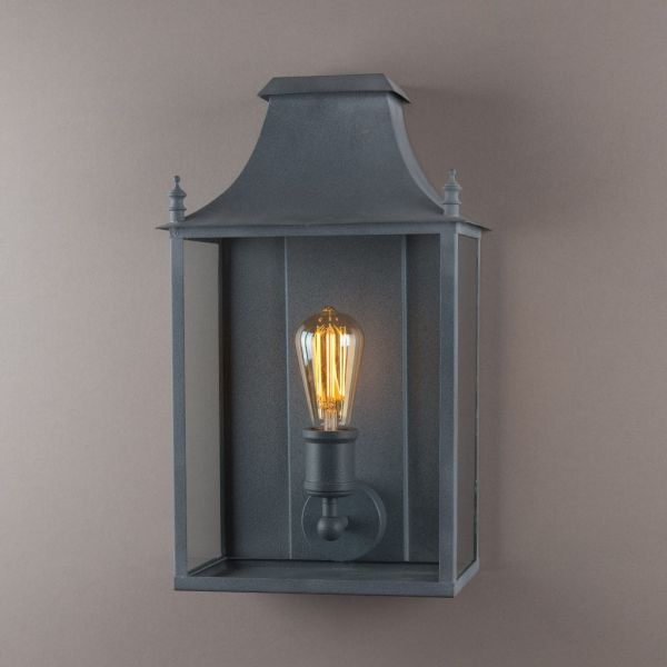 46cm Medium Blenheim Vintage Wall Lantern