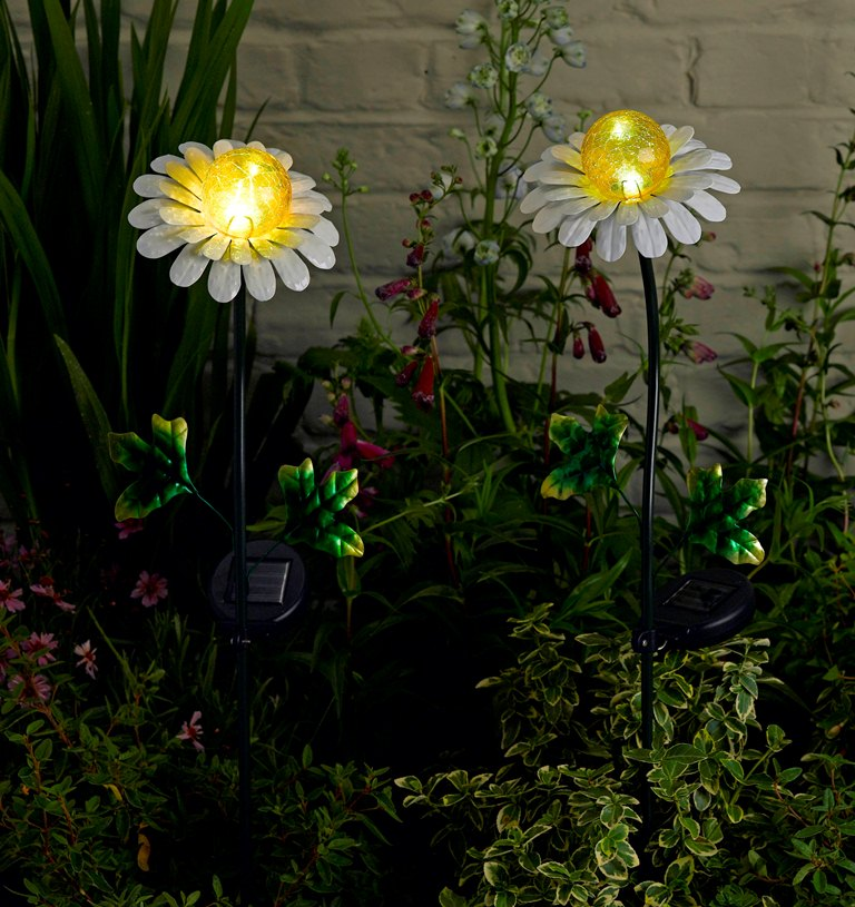 Smart Solar Daisy Stake Light - 2 Pack