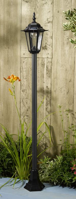 Smart Solar Kingston Lamp Post