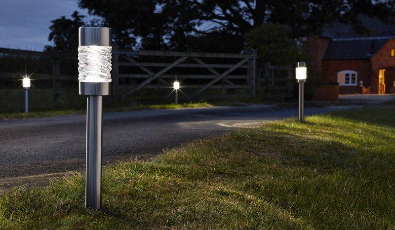Smart Solar Martello Super Bright Solar Powered Stake Lights - Set of 4