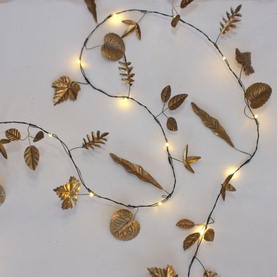 2.3m/7ft 6in Hand Made Gold Leaves Battery Powered 20 Warm White String Lights