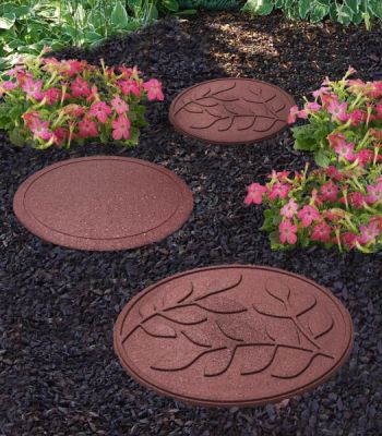 Reversible EcoTrend Stepping Stone Leaves in Terracotta
