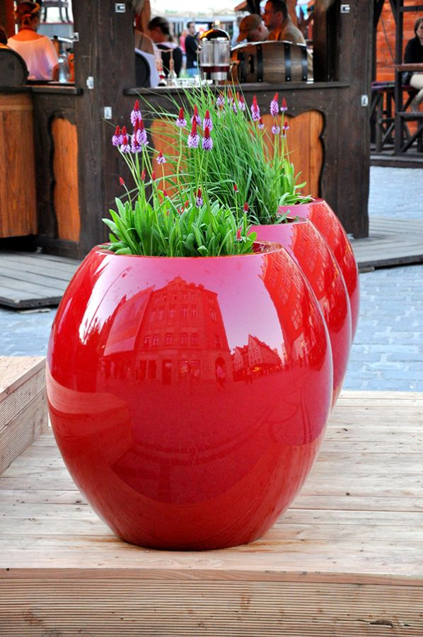Manacor Medium Planter in Red  – H60xDia65