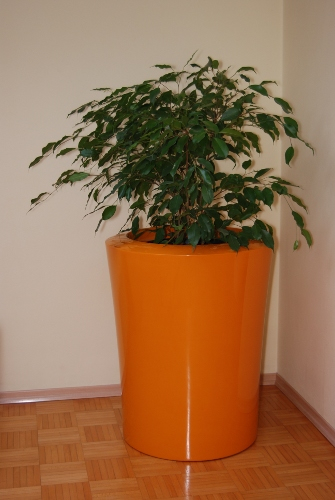 Garafia XXLarge Planter in Orange – H125cm x Dia100cm