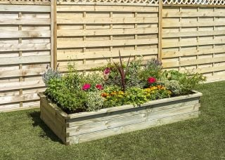 Zest 4 Leisure 1.8m (5ft 10in) 600L Sleeper Raised Bed Planter