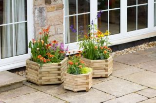 Zest 4 Leisure Marford Hexagonal Planter Set of 3
