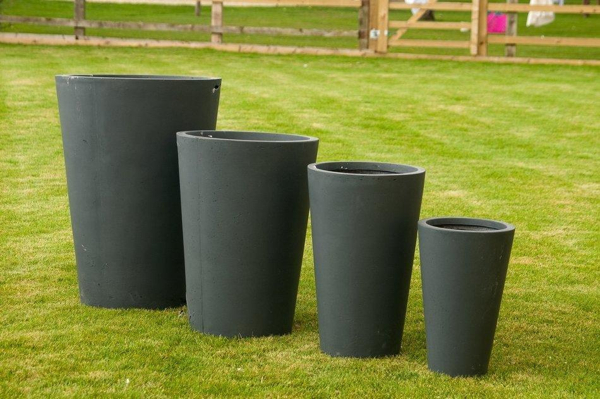 Mixed Set of 4 Granby Pot Planter in Black