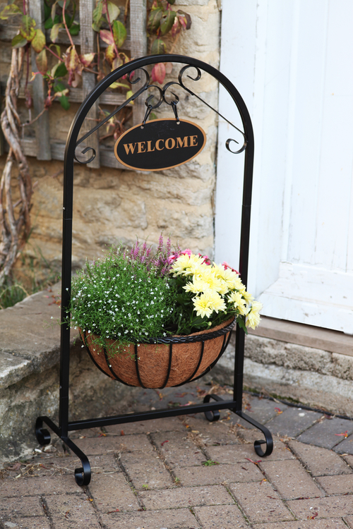 Smart Garden Metal Framed Welcome Sign And Basket Planter