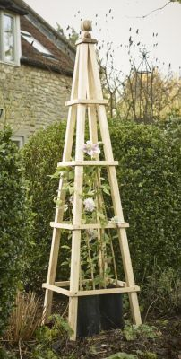 5ft Natural Hardwood Obelisk