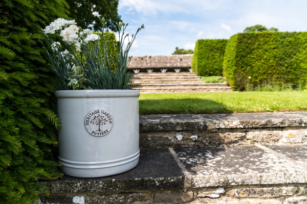 20cm Ceramic Edwardian Heritage Cylinder Planter In White