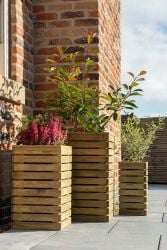 Set of 3 Wooden Contemporary Slatted Planters