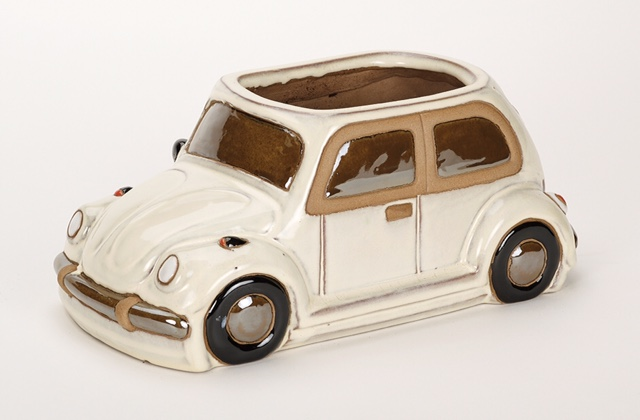 L36cm Beetle Car planter in Glazed White