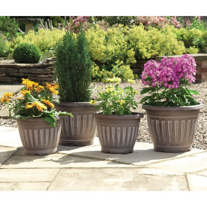 Chocolate/White Wash Georgian-Style Planters - Set of 4