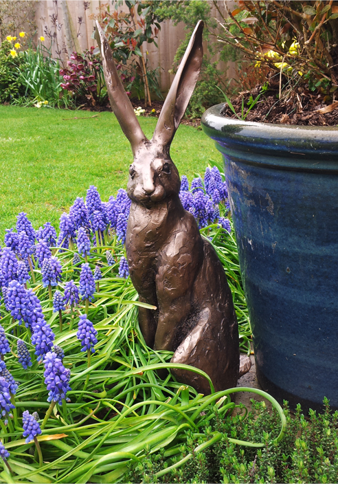 Sitting Hare Sculpture Large 163 149 99