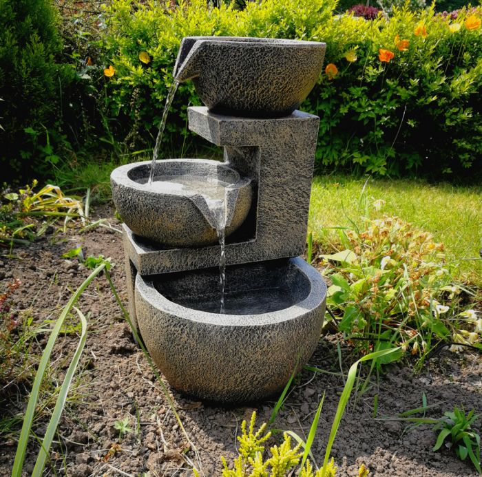 Smart Garden Solar Powered Genoa Cascade Water Feature 163 99 99