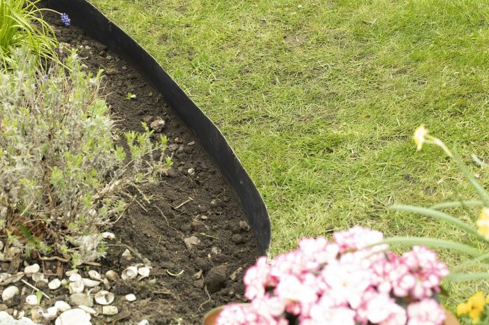 50m Easy Lawn Edging in Black -  H14cm - by Smartedge