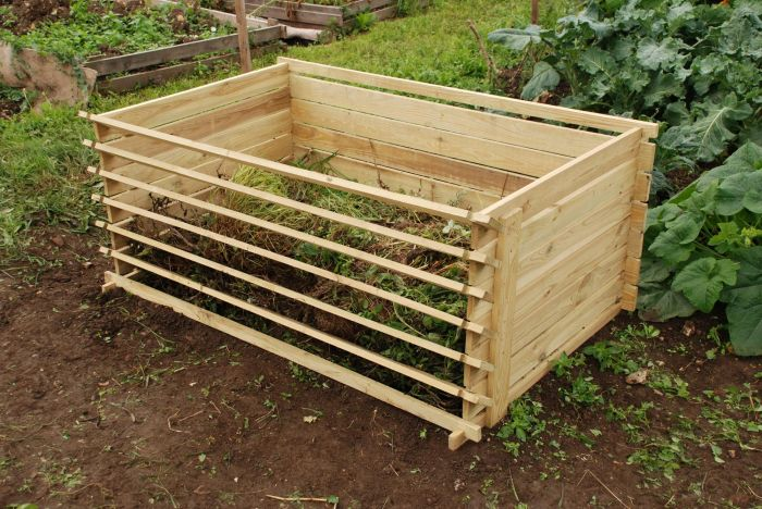 Easy-Load Wooden Compost Bin - Extra Large - 897 Litres - by Lacewing™