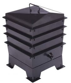 3 Tray Animal Waste Tiger Wormery in Black (46.5L)