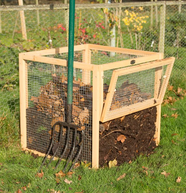 Premium Wire Mesh Compost Bin with Door 80 x 80 x 80cm - 511 Litres - by Lacewing™