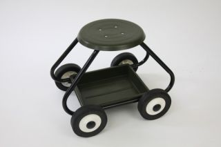 BullBarrow Garden Scoot - Stool in Green