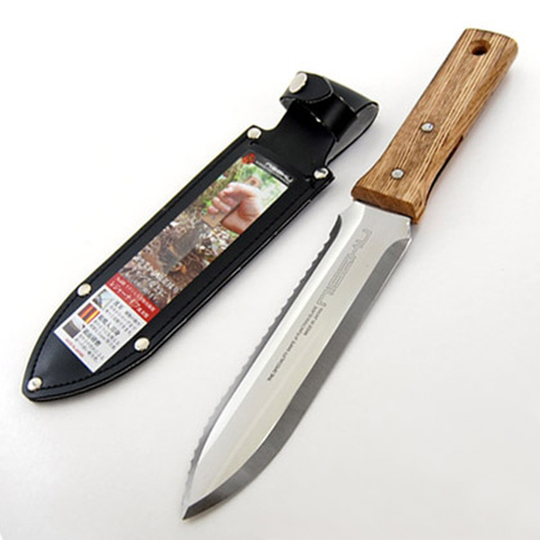 Traditional Hori Hori Garden Trowel with Serrated Blade