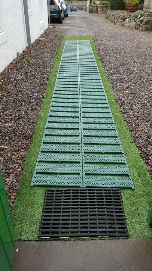 Instant Garden Roll Out Path - Plastic - Chevron - 3 Metres - Double Width - With Side Links