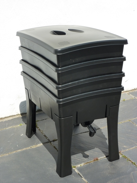 100 Litre Roundpoint Composting Wormery - H71 x W40cm