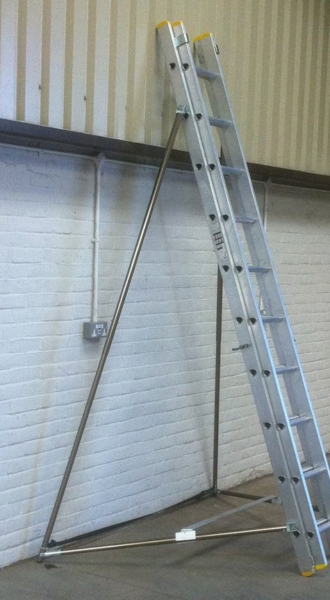 ANKALAD ladder stabiliser frame
