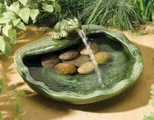 36cm Frog Solar Ceramic Water Feature