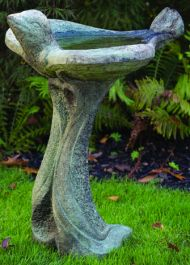 76cm Massarelli All Birds Welcome Bird Bath
