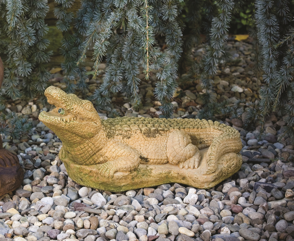 Medium Alligator Spitter Cast Stone Water Feature H25cm x W31cm