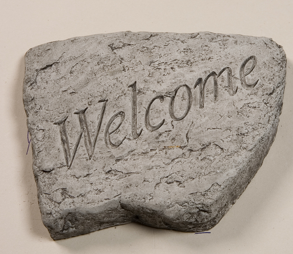 Welcome Cast Stone Garden Greeting Ornament H15cm x W20cm